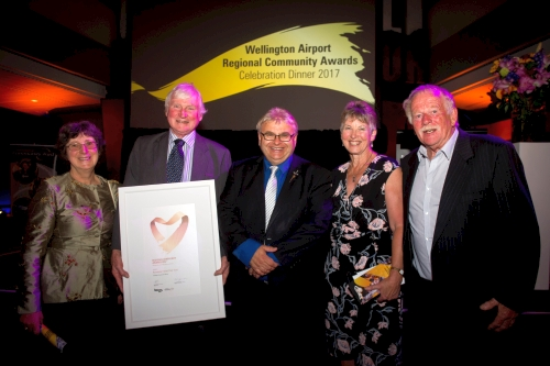 Trust members with Hutt City Council Mayor, Ray Wallace, at the finalist's dinner for the Wellington Airport Regional Community Volunteers Awards, 2017